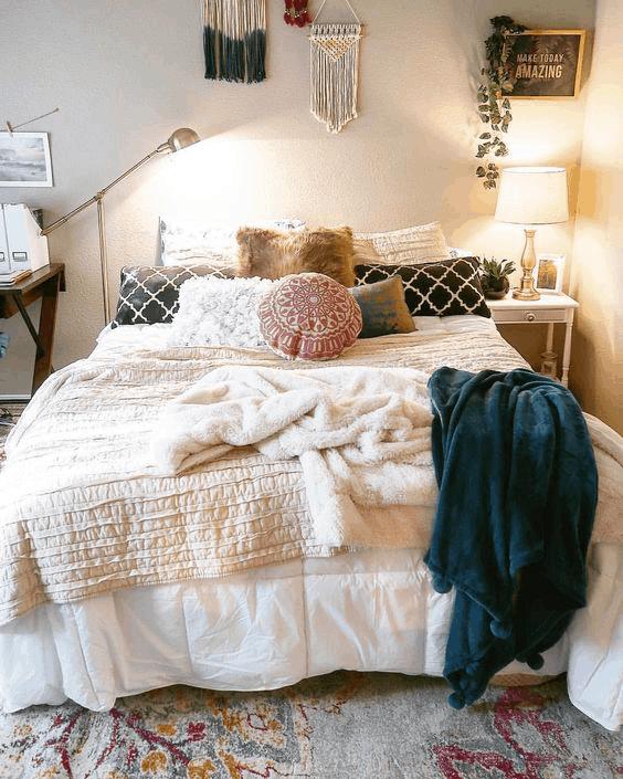 places to shop for dorm decor